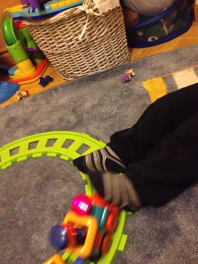 Tren y pies